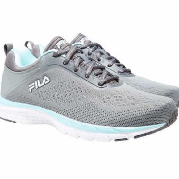 Fila Women's Memory Outreach Athletic Running shoe
